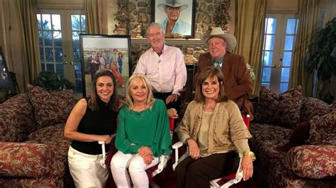 Stars of 'Dallas' reminisce about success, friendship and