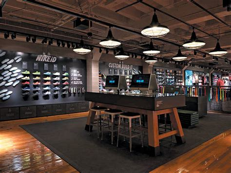 Nike Chicago reopens on Michigan Avenue