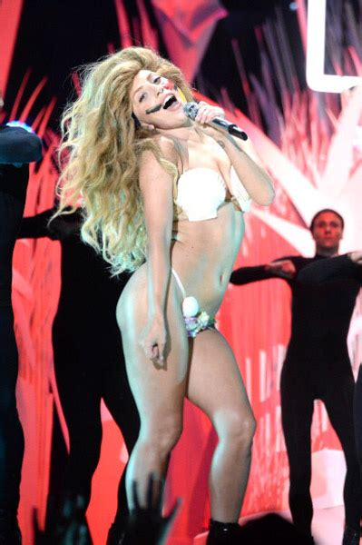 Lady Gaga Opens VMAs with 'Applause'   Rap-Up