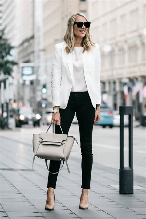 Classy Black And White Work Attire That Will Make You Look