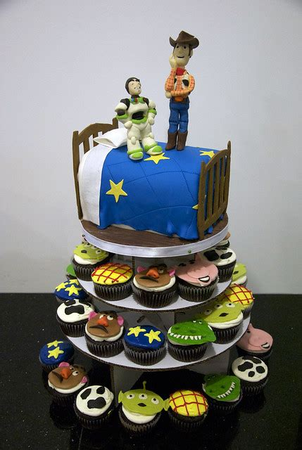 BC4089 - toy story cupcake tower cake   Flickr - Photo