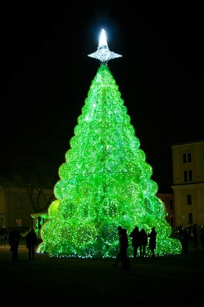 The Most Unusual Christmas Trees - Condé Nast Traveler