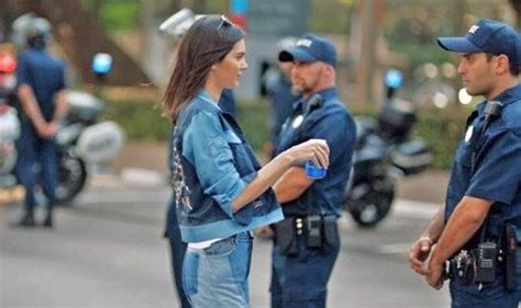 Pepsi ad FAIL is truly epic! Kendall Jenner co-opts Black