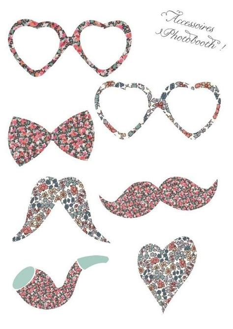 Floral Props   Free Wedding Photo-Booth Printables