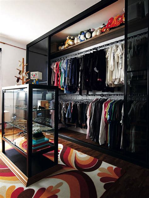 Want a walk-in wardrobe in a small HDB flat? Here are 7