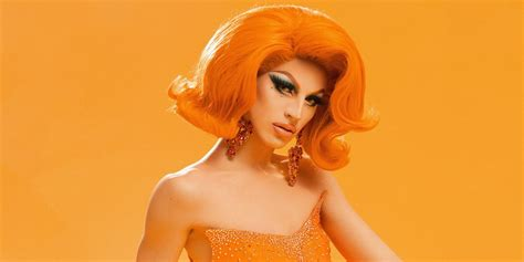 Drag Queen Aquaria's Makeup Transformation Will Absolutely