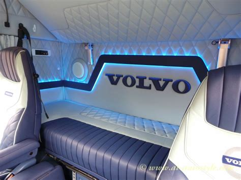 Volvo FH12 interior_32 – A&T Autostyle