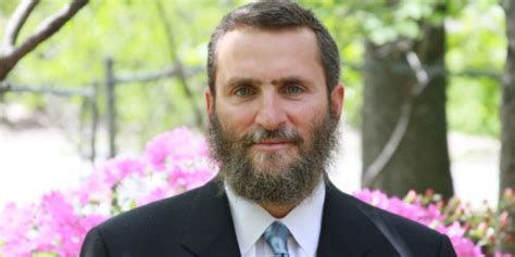 'Kosher Lust': Rabbi Shmuley Boteach Says 'Love Is Not The