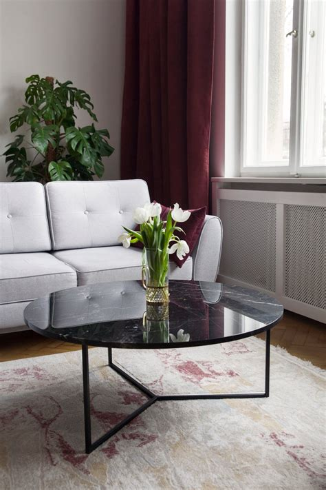 Oval Black Coffee Table by Un'common for sale at Pamono