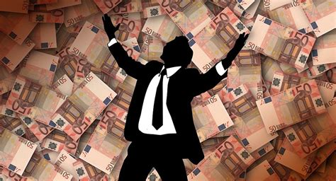 Wealth, Power Corruption Feeds Rise in EU Nationalism