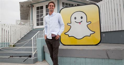 Snapchat's young audience fuels a growth streak
