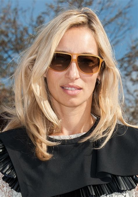 15 Flattering Hairstyles For Oblong Faces