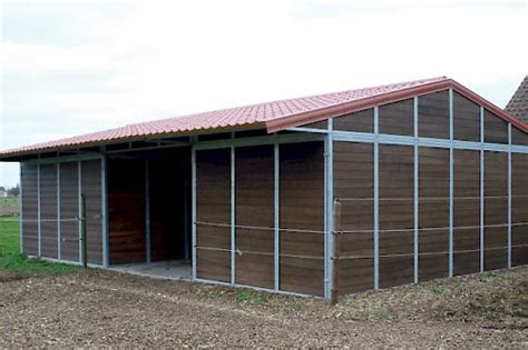 Schuilhokken :: Paho Horse Stables :: A Stable to live, to