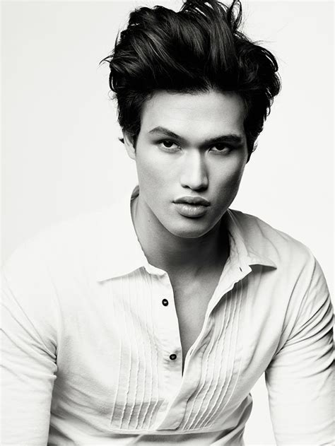 MALE`S PHOTO`S: THE MALE MODEL - CHARLES MELTON